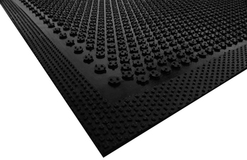 Picture of item 963-692 a Safety Scrape Slip-Resistant Mat. 2 X 3 ft. Black.